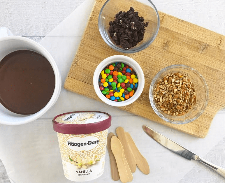 Homemade ice cream bars made with PINTS of ice cream. SO EASY!